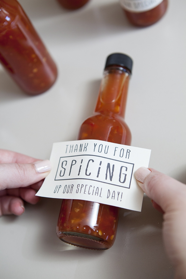 SomethingTurquoise-DIY-hot-sauce-wedding-favors_0006.jpg