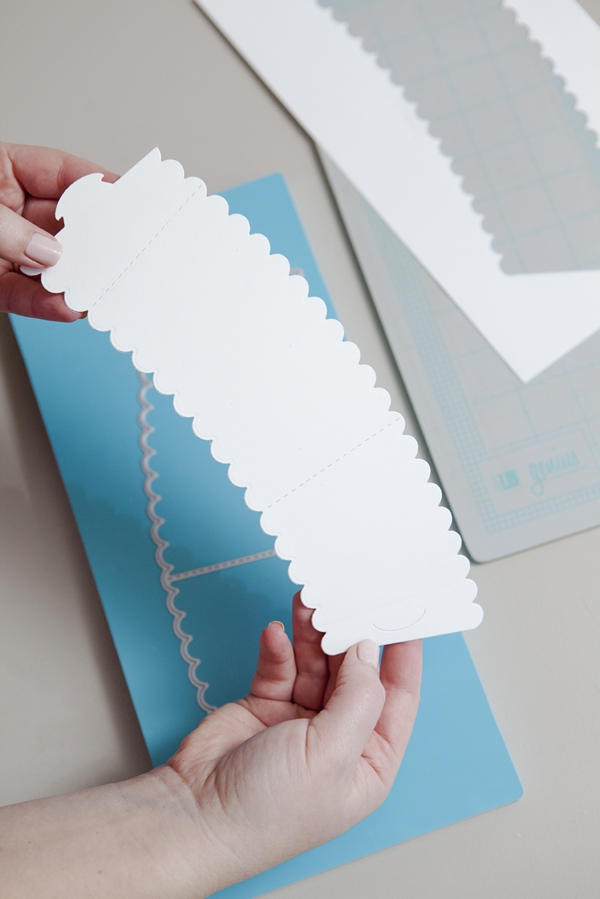 SomethingTurquoise-DIY-how-to-make-wedding-coffee-sleeves_0004.jpg