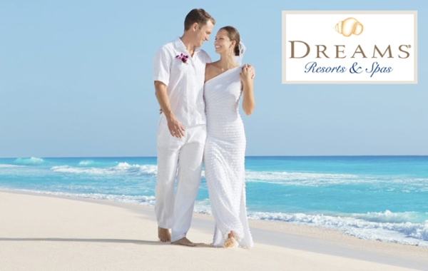 SomethingTurquoise-Dream_Resorts_destination_weddings_0001.jpg