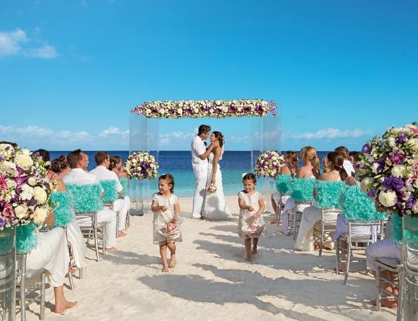 SomethingTurquoise-Dream_Resorts_destination_weddings_0005.jpg