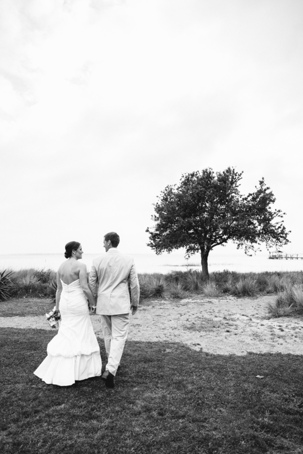 SomethingTurquoise-Riverland-Studios_pink_southern_wedding_0028.jpg