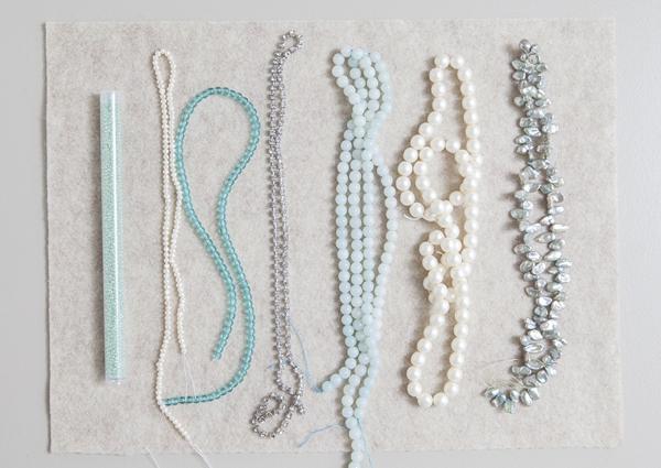 SomethingTurquoise_DIY_Statement_Necklace_Bridal_0003.jpg