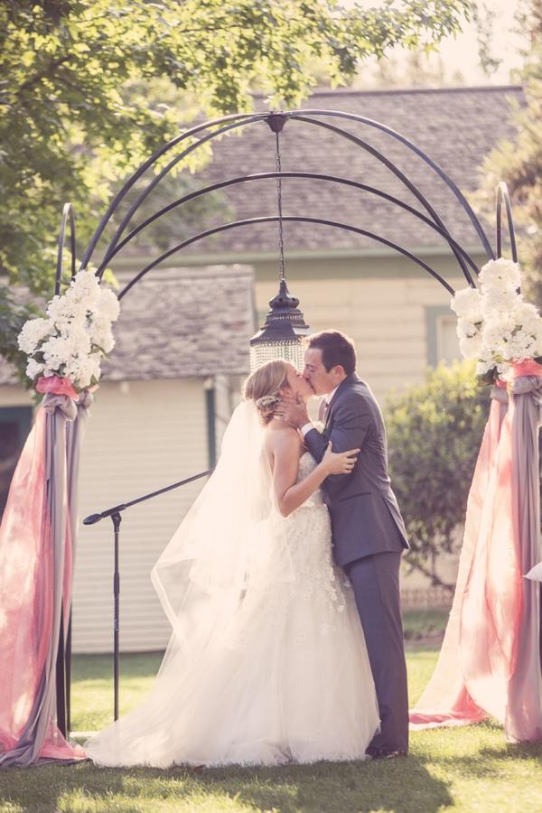 SomethingTurquoise_DIY_Wedding_Ashley_dePencier_Photography_0017.jpg