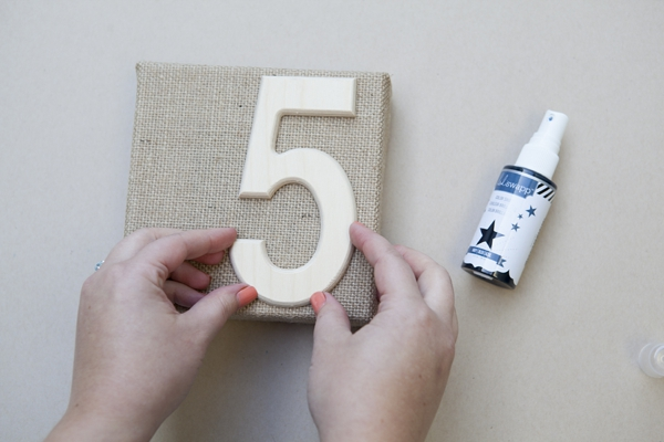 SomethingTurquoise_DIY_burlap-table-numbers_0003.jpg