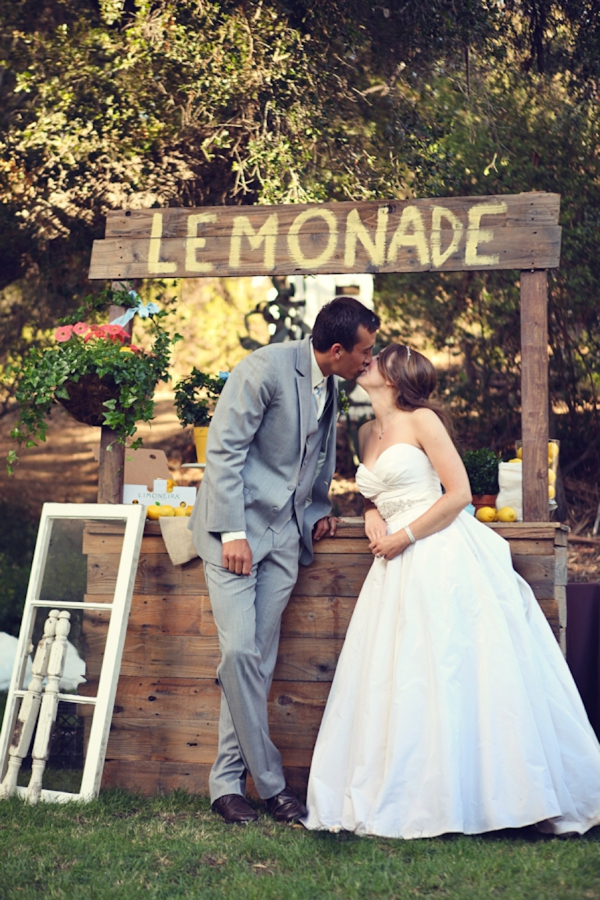 SomethingTurquoise_DIY_wedding_Lukas_Suzy_VanDyke_Photography_0037.jpg