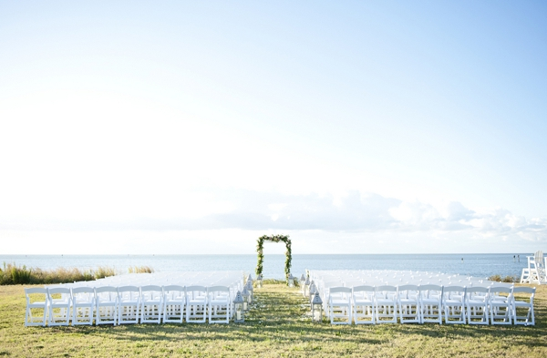 SomethingTurquoise_Jen_Harvey_Photography_beach_wedding_0013.jpg