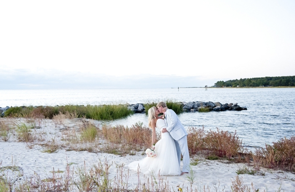 SomethingTurquoise_Jen_Harvey_Photography_beach_wedding_0025.jpg