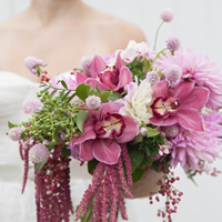 diy-wild-flower-wedding-bouquet