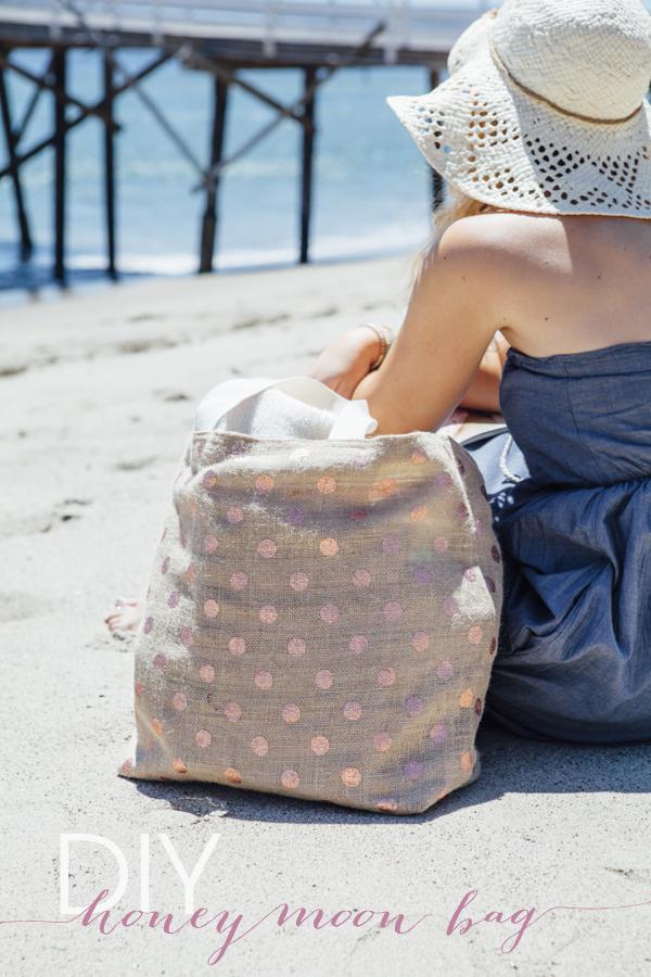 SomethingTurquoise_DIY-Honeymoon-Beach-Bag_0019