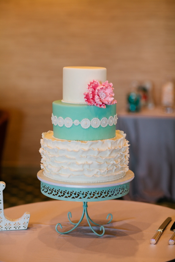 SomethingTurquoise_DIY_beach_wedding_Jennefer_Wilson_0039.jpg