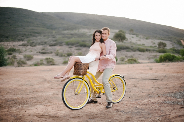 SomethingTurquoise_DIY_engagement_Walking_Eagle_Photography_0010.jpg