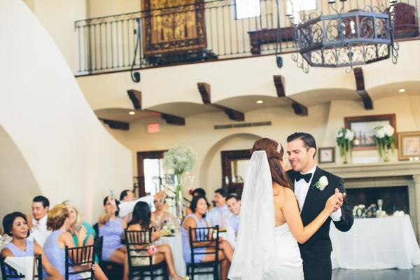 SomethingTurquoise_stunning_DIY_wedding_Aga_Jones_Photography_0040.jpg