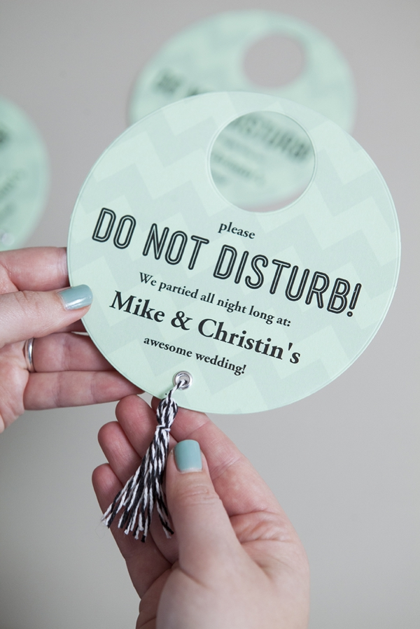 SomethingTurquoise_DIY-Do-Not-Disturb-Sign_0012.jpg