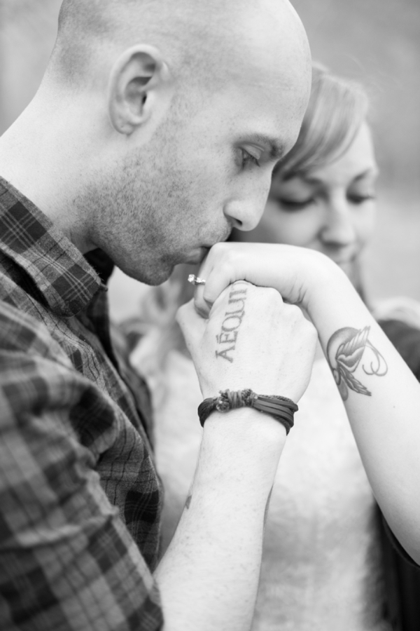 SomethingTurquoise_DIY_engagement_Chelsea_Anderson_Photography_0006.jpg