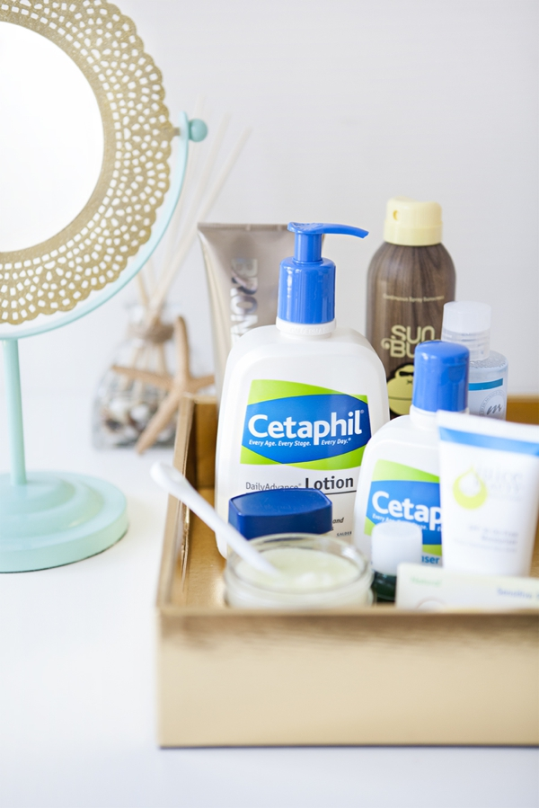 SomethingTurquoise_Skin-Tips-for-Summer-Brides_Cetaphil_Style-Me-Pretty_AOL_0006.jpg