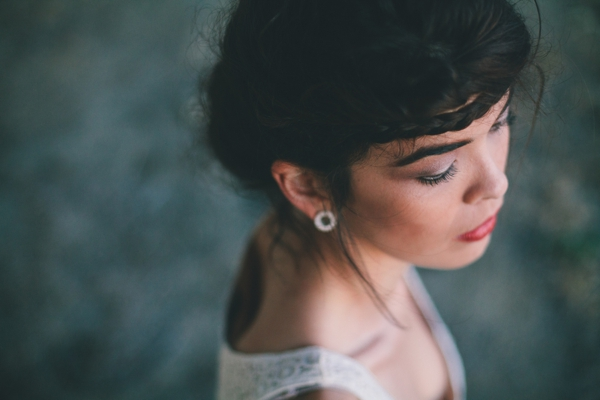 SomethingTurquoise_unique-bridal-portraits-Spark-and-Tumble-Photography_0022.jpg