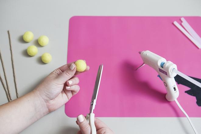 How to make felt billy balls