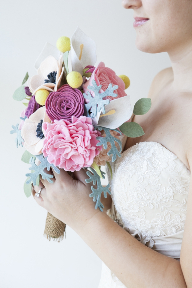 DIY - How to make a felt wedding bouquet!