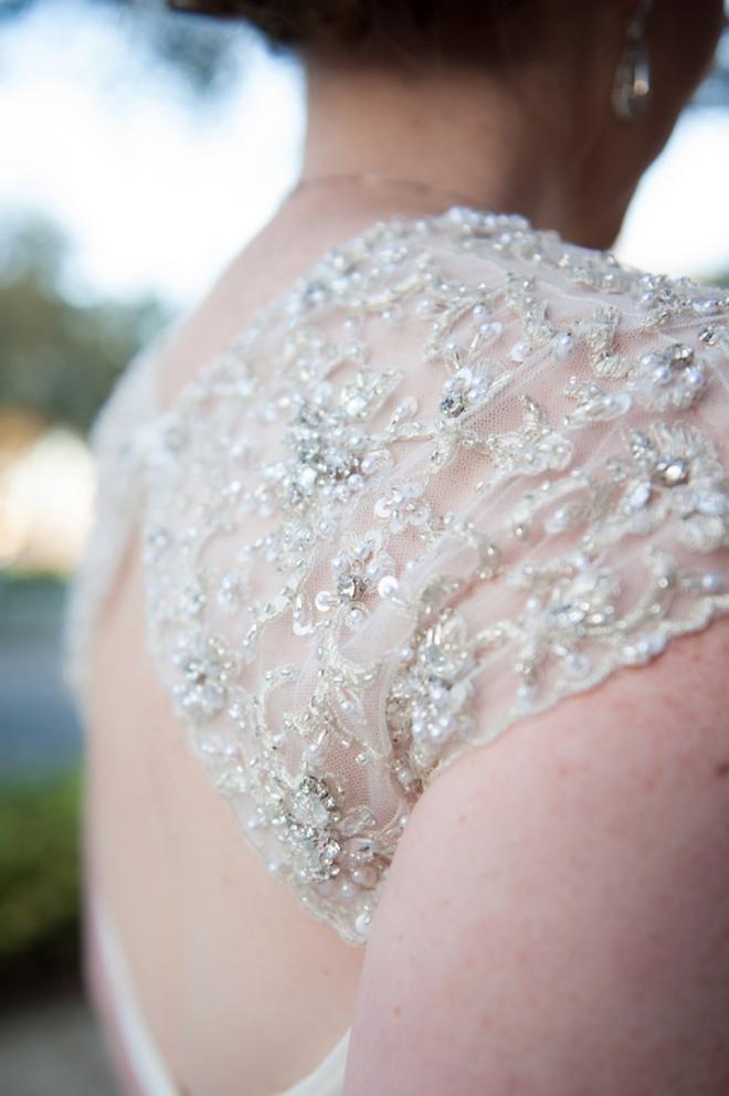 Gorgeous shoulder dress detailing...