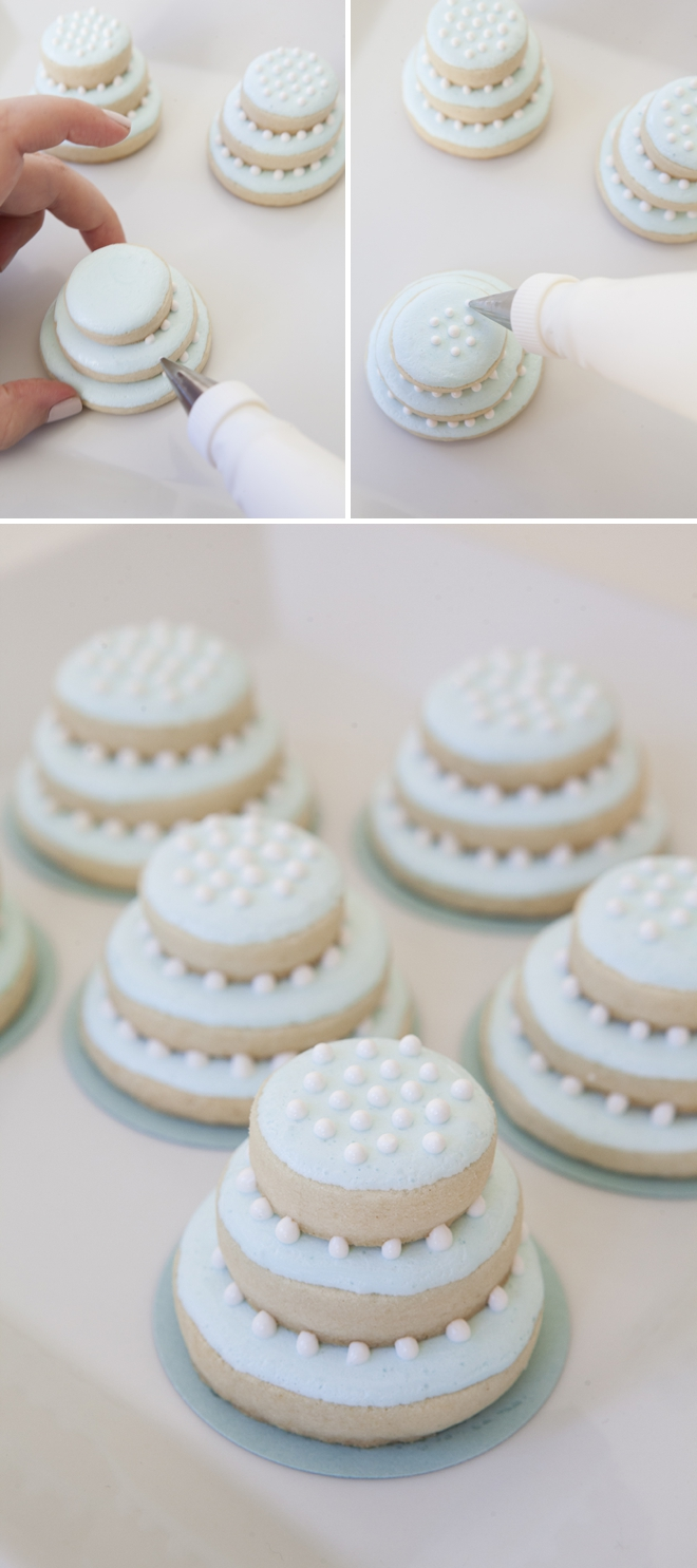 stacked wedding cake cookie favors learn how to make these stacked wedding cookies 20462