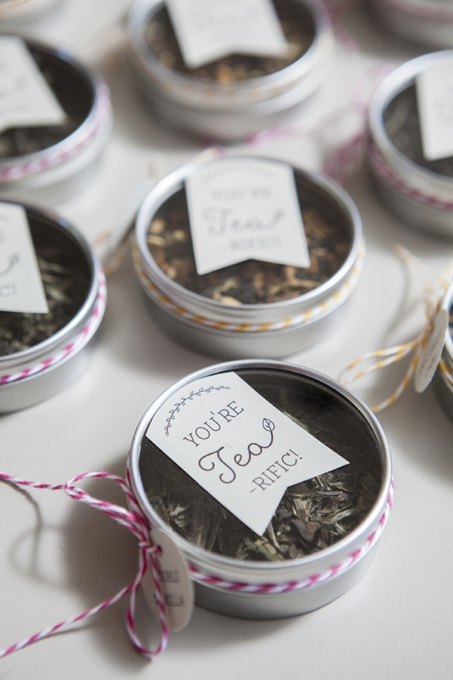 Make your own tea tin wedding favors!