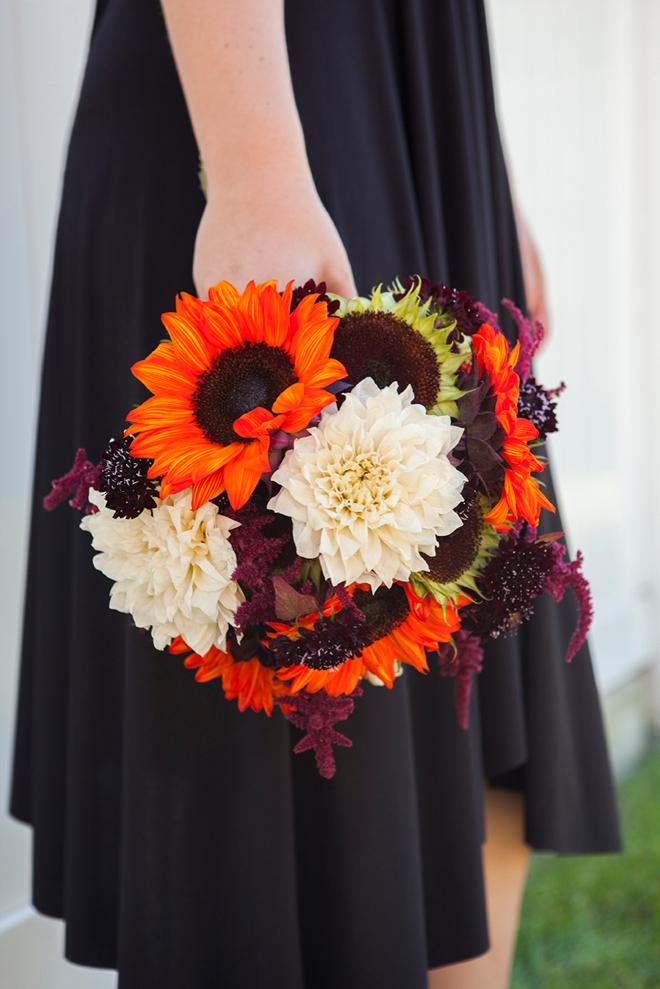 SomethingTurquoise-BouquetBlueprint-Halloween-sunflower-bouquet_0006