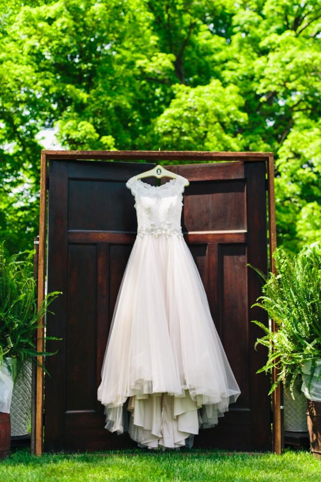 Vintage chic wedding dress