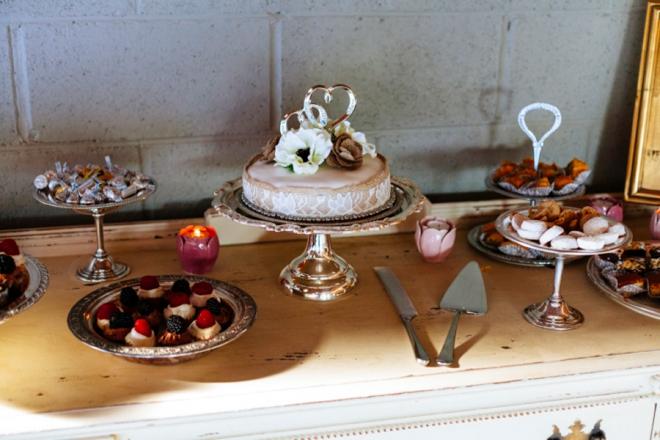 Vintage wedding cakes