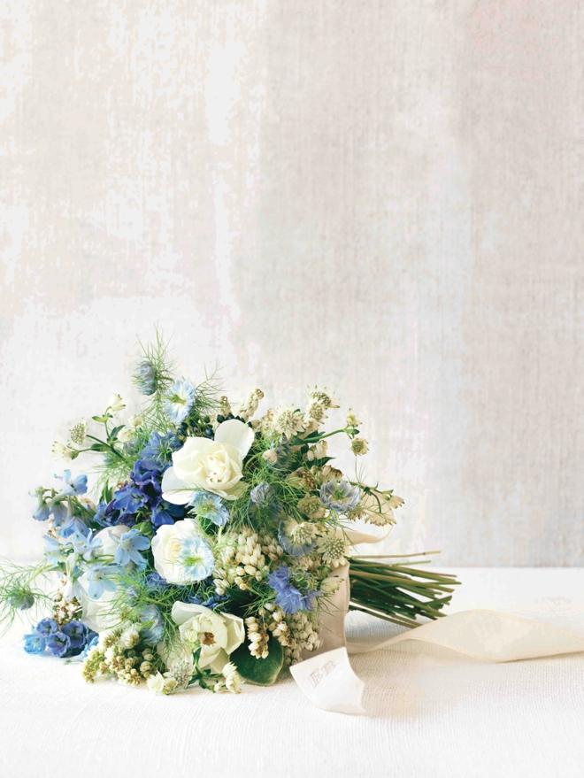 Linen monogramed bouquet wrap from Martha Stewart Weddings