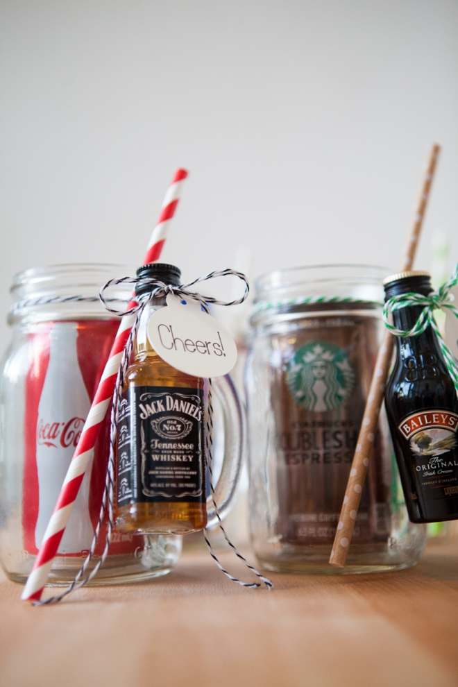 Mason Jar Cocktail Gifts | DIY Christmas Gifts For Everyone In Your List