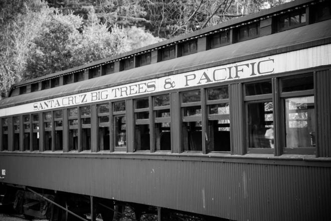 DIY vintage themed train station wedding