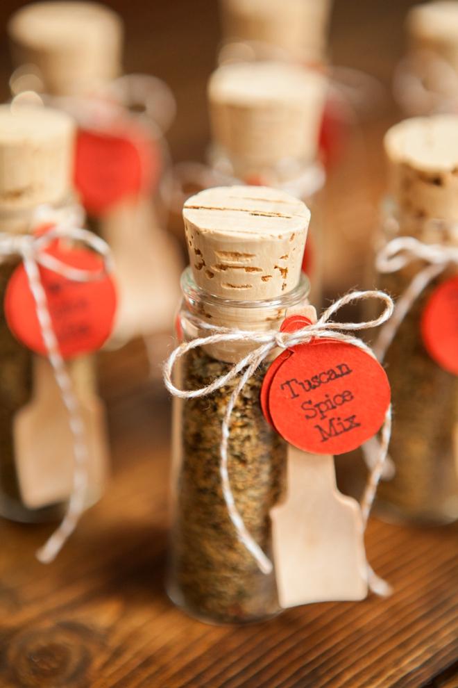 DIY Wedding Favors -- Tuscan Spice Mix!