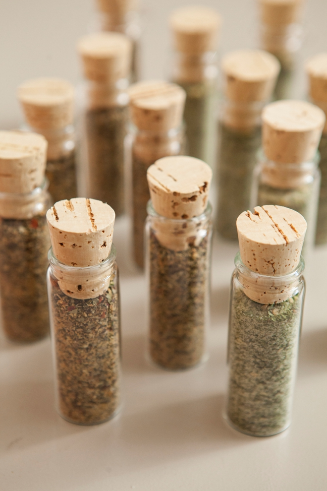 DIY Wedding Favors -- Spice Dip Mix!