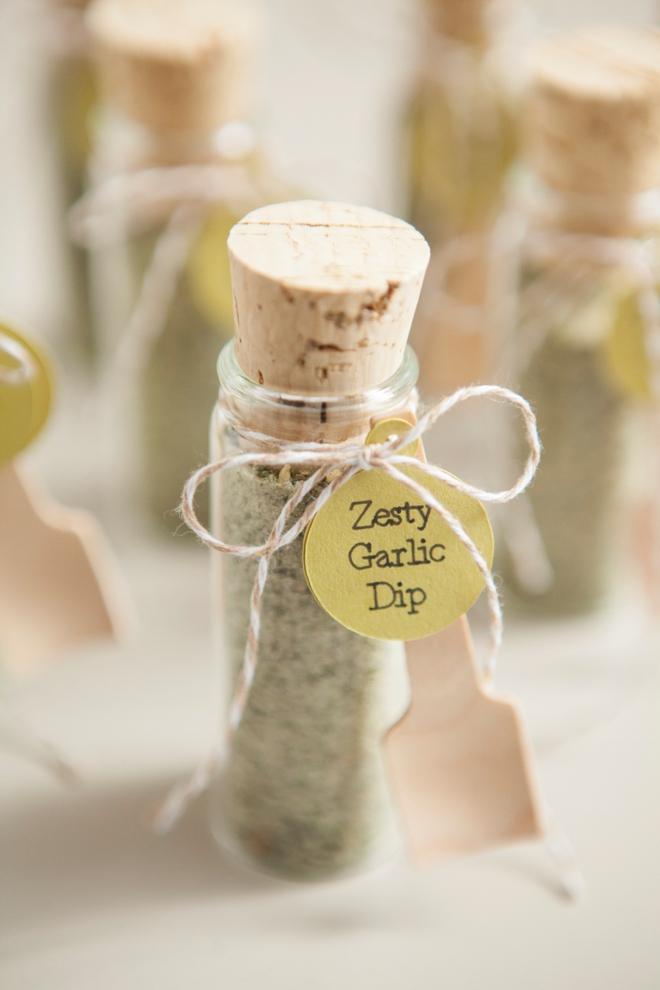 DIY Wedding Favors -- Zesty Garlic Dip Mix!