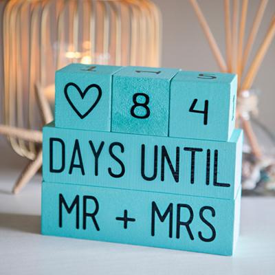 Mr /& Mrs wedding countdown Blocks