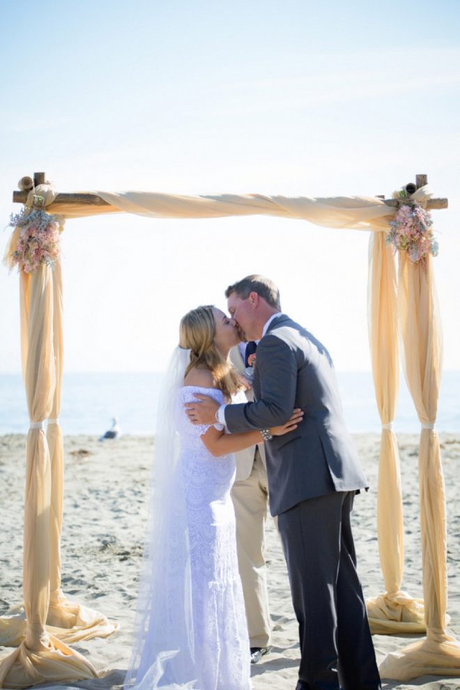 Adorable DIY beach wedding