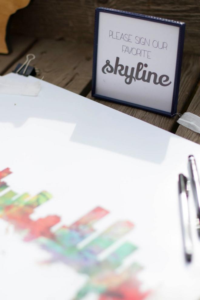 Skyline guest book
