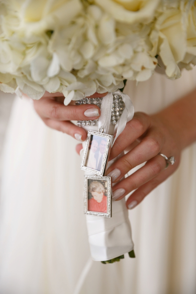 Bouquet frame charms