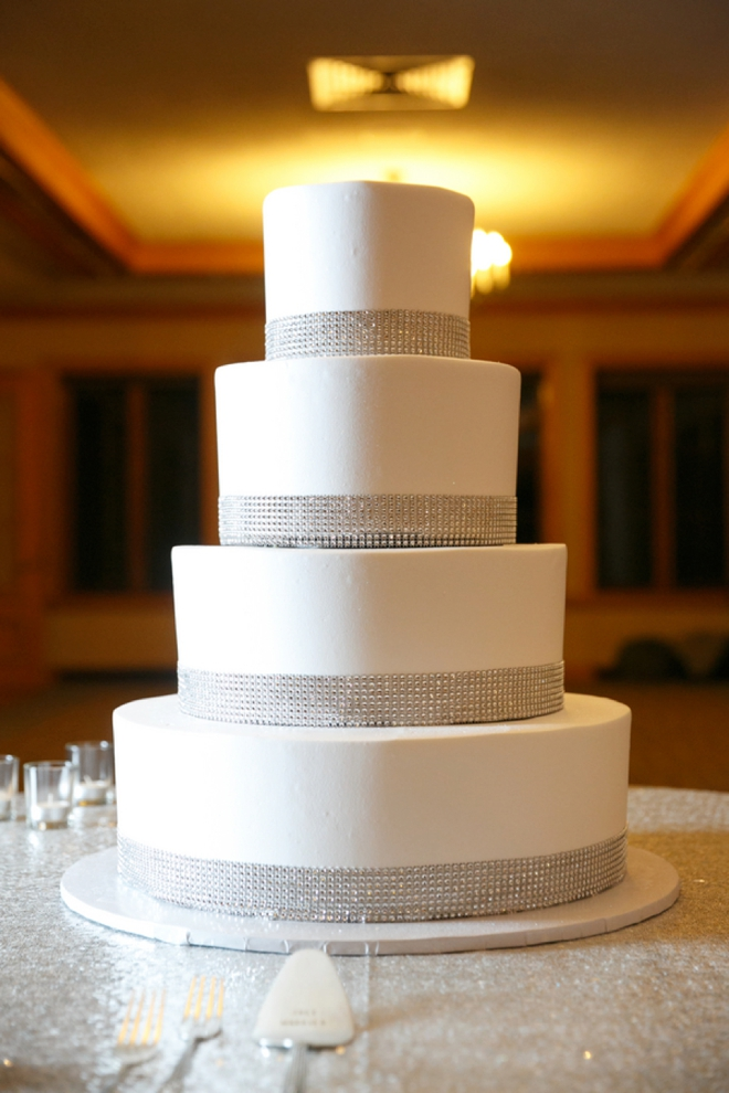 White and silver glitter wedding cake