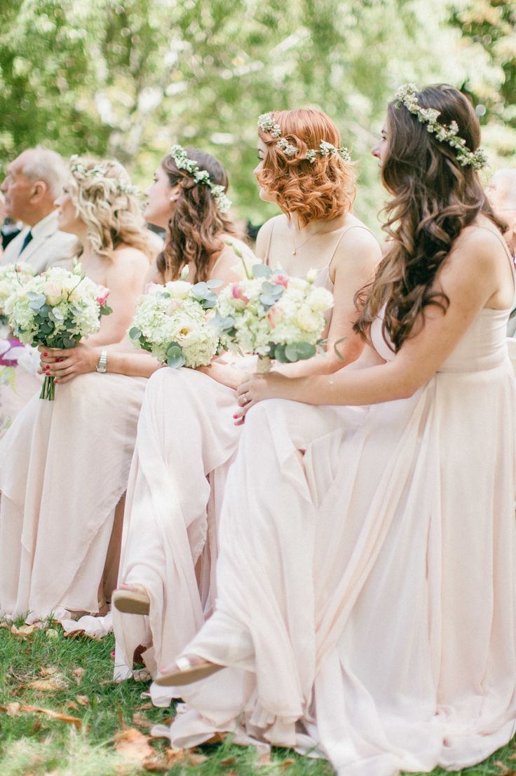 Awesome Wedding Hair Tips For Wearing Flower Crowns