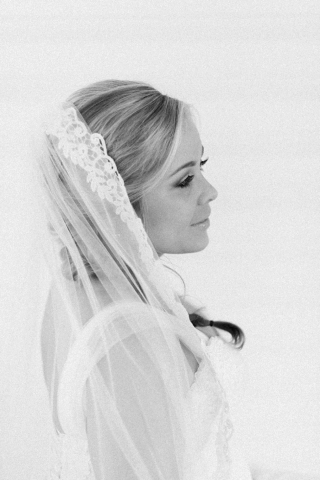 Gorgeous black and white bridal portrait