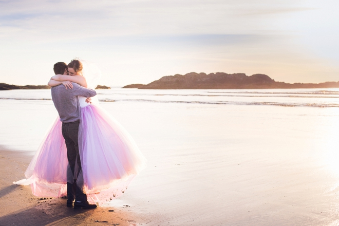 Neon Pink and Gold beach wedding inspiration