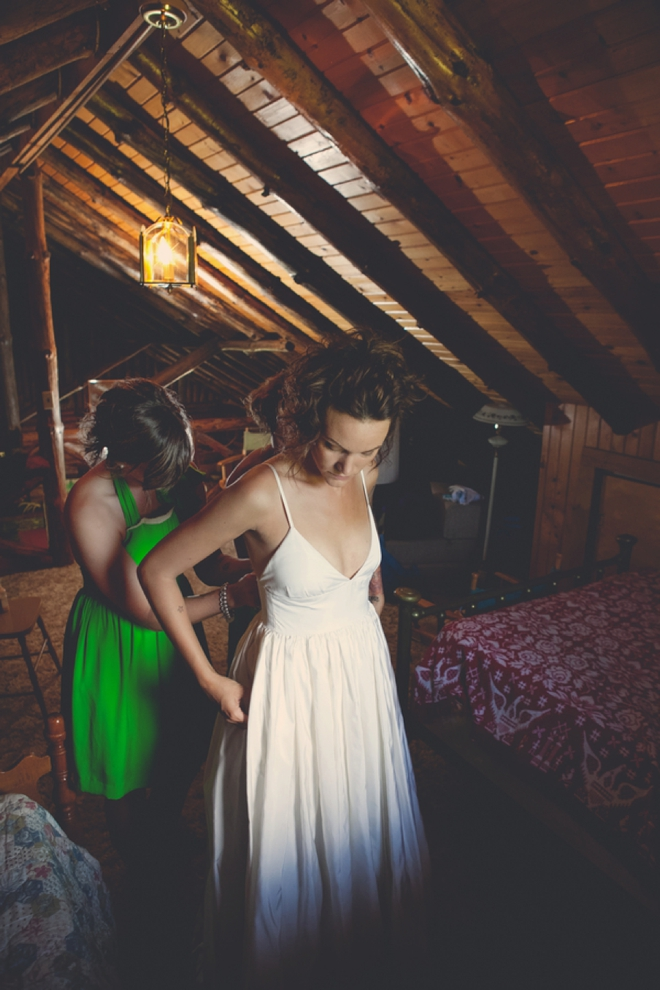 Awesome rustic DIY wedding at a family cabin, must see!