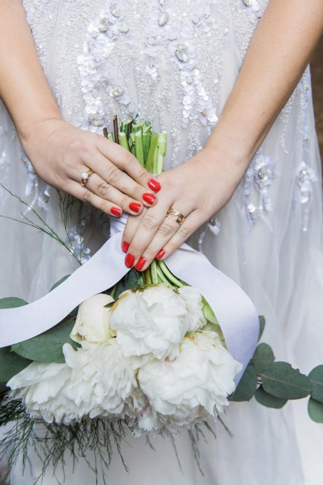 DIY wedding bouquet + ring shot