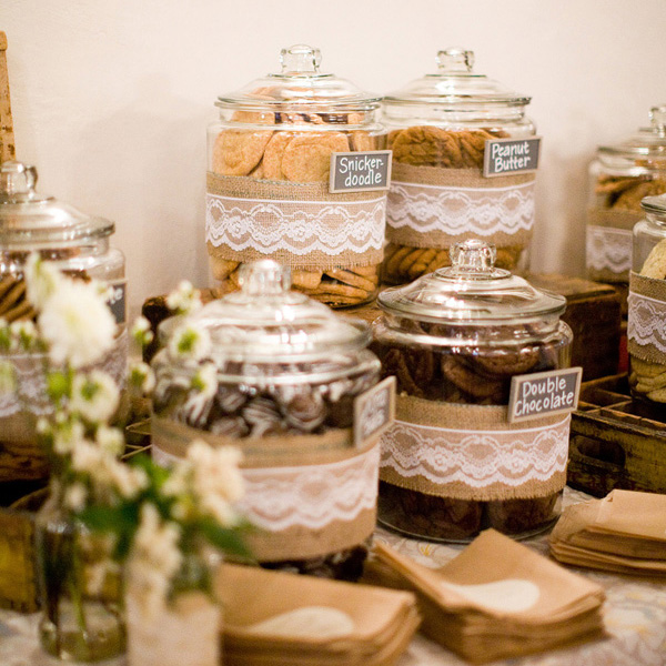 Diy Wedding Cookie Tables: Wedding Dessert Bar Ideas... Going Beyond The Cake