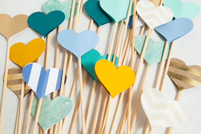 Awesome DIY idea for making heart picks for wedding aisle decor!