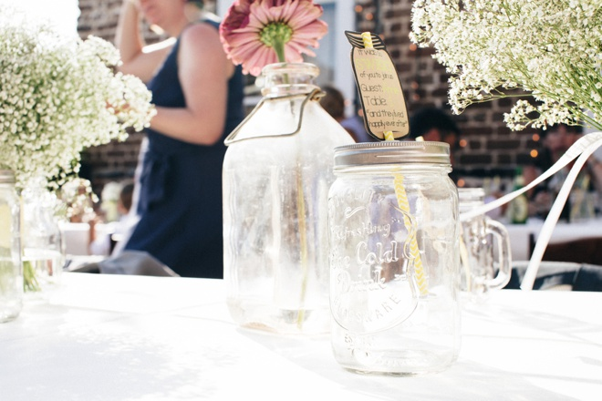 Mason jar favor + seating cards