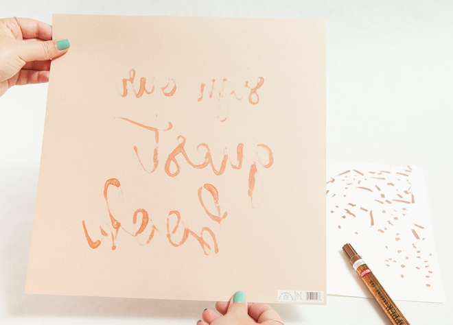 The easy way to make metallic hand lettered wedding signs!