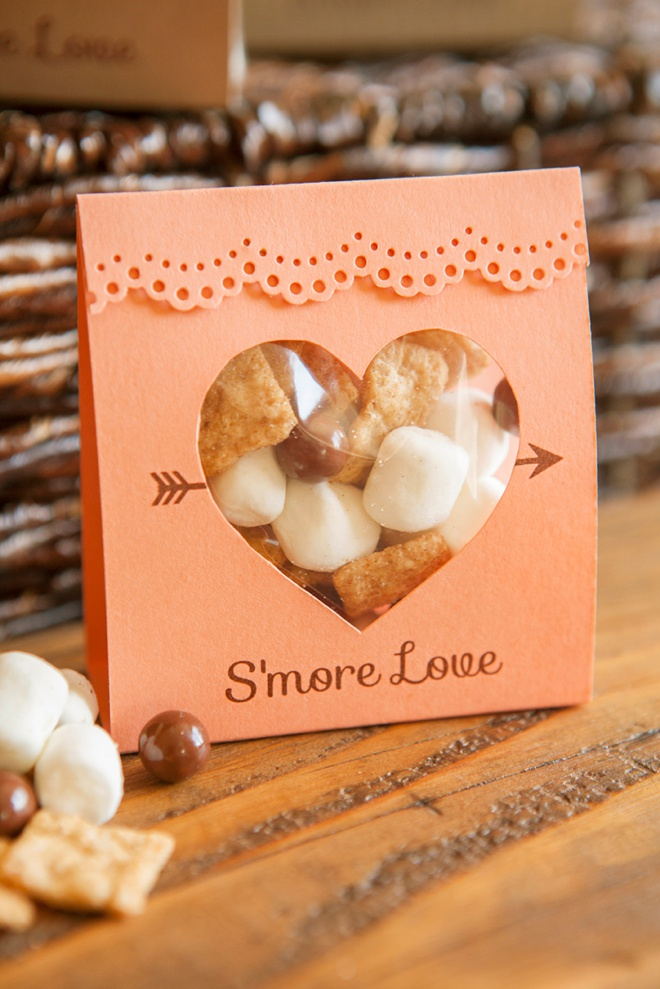 How to make these adorable S\'more Love wedding favors!