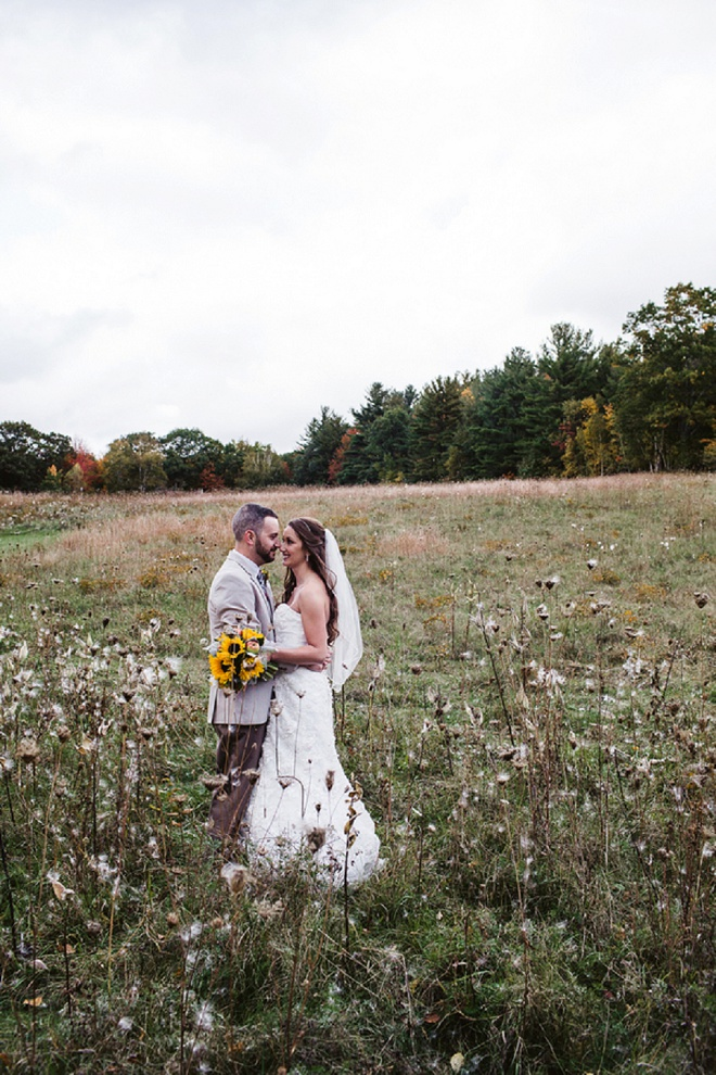 What a Darling Rustic Barn DIY Wedding!